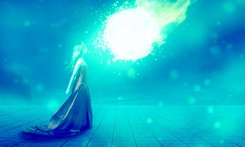 Bild: Zeigt eine junge Frau mit einem langen Kleid auf türkisem Hintergrund mit einem strahlend leuchtenden Kometen. Bild by pixabay.com.