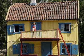 "Bild: Villa Kunterbunt mit Pippi Langstrumpf für Blogartikel ""Bist du Pippi oder Peppi Langstrumpf"". Bild by pixabay.com: https://pixabay.com/de/villa-kunterbunt-pippi-langstrumpf-905347/"